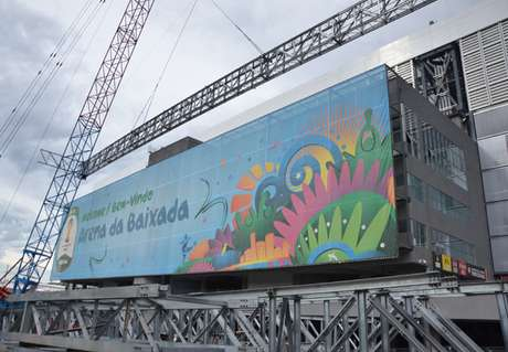 Banner da Copa, finalmente, deve ser retirado da fachada nesta semana