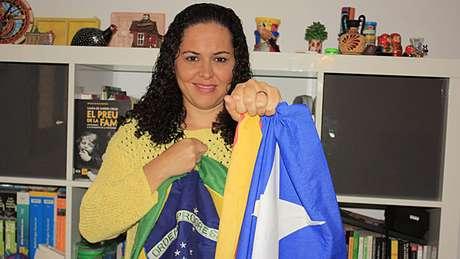 <p>Maria Badet Souza coordena campanha de esclarecimento sobre independência da Catalunha nas redes sociais, a 'Brasileiros 9N'</p><p></p>