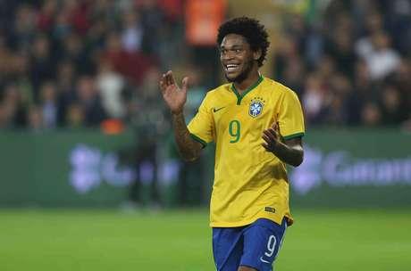 <p>Luiz Adriano tem características diferentes, mas pode substituir Diego Tardelli</p>