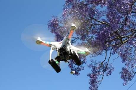 <p>Drone do modeloDJI Phantom</p>