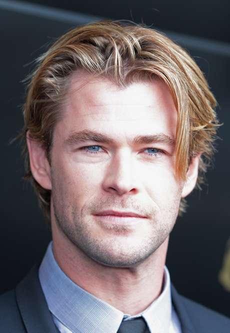 Chris Hemsworth é...