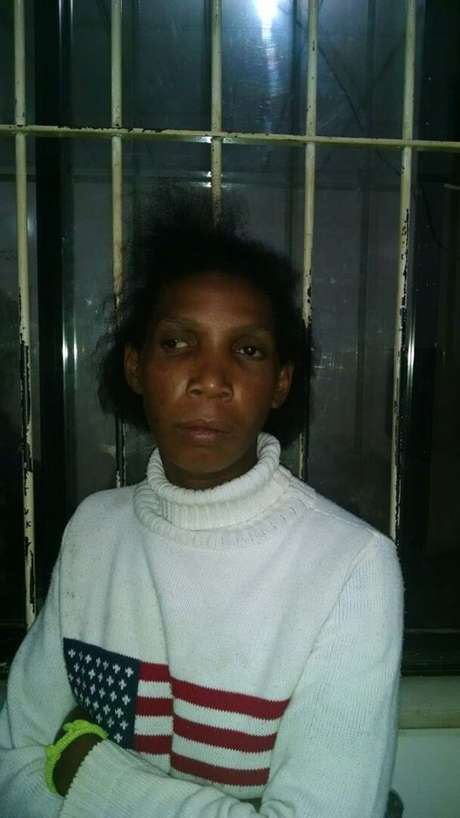 <p>Não é a primeira vez que Rozilda Freitas Santos, 32 anos, permitiuo abuso sexual de suas filhas em troca de bebida alcóolica</p>