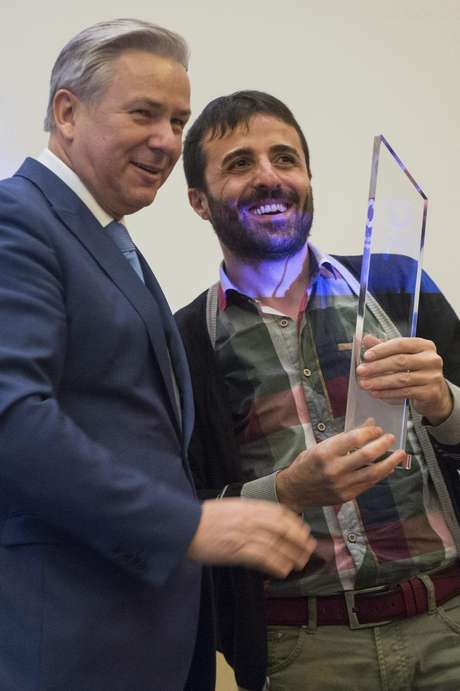 Halil Dincdag foi premiado em Berlim pela luta contra a homofobia