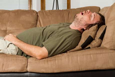Pesquisa conclui que 37% dos britânicos que roncam dormem em quartos separados