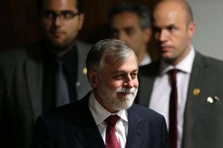 <p>Ex-diretor da Petrobras Paulo Roberto Costa durante depoimento na CPI da petroleira, em Brasília</p>