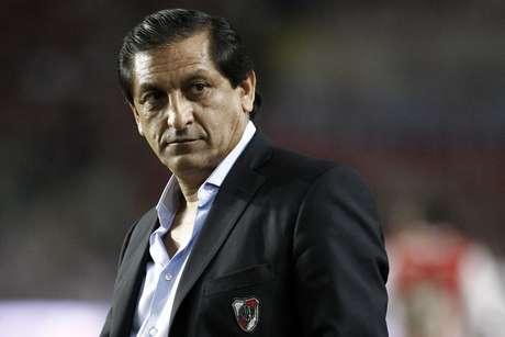 Ramón Díaz ainda tem que cortar sete jogadores