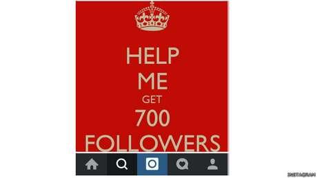 """""""Peço elogios só para interagir com outros usuários do Instagram"""", disse ao #SalaSocial a estudante Larissa"""
