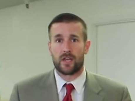 """Pastor americano defende o extermínio de todos os gays e bissexuais do planeta para """"o fim da Aids"""""""