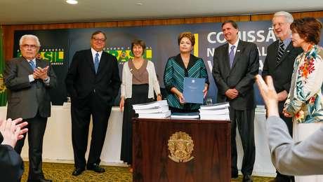 Presidente Dilma Rousseff ao receber o relatório da Comissão Nacional da Verdade