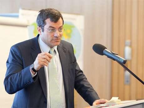 O diretor-geral da Transparência Internacional, Cobus Swardt