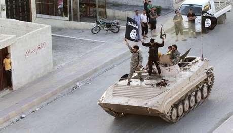 <p>Um mágico de rua foi morto decapitado por membros do grupo terrorista Estado Islâmico na cidade de Raqqa, na Síria</p>