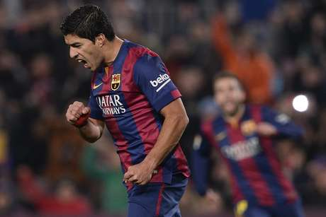 <p>Luis Su&aacute;rez anotou um gola&ccedil;o no 5 a 0 contra o Elche</p>