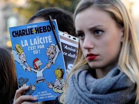 <p>O Charlie Hebdo publicará novas charges do profeta Maomé na edição que sairá nesta quarta-feira</p>