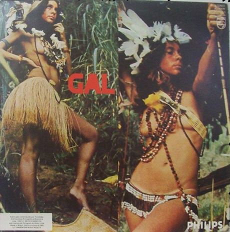 Gal Costa mostra capa de disco censurado