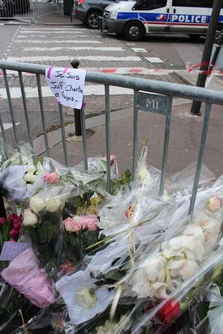Atentado en París Bastille  tráiler