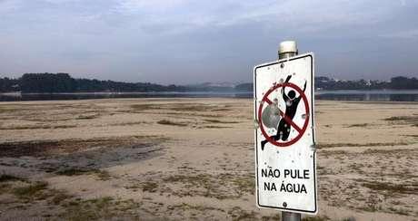 <p>Reservatório Guarapirangaem foto de novembro de 2014</p>