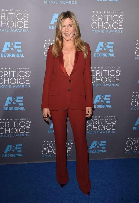 Aniston ou Jolie? Veja melhores e piores looks de premiação