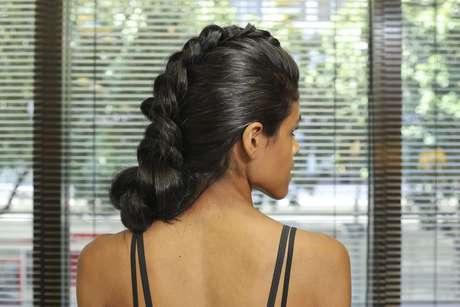 Quanto mais cabelo a mulher tiver, melhor o efeito do moicano