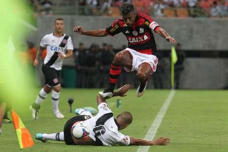 """Leonardo Moura deu um """"bolo"""" no Vasco"""