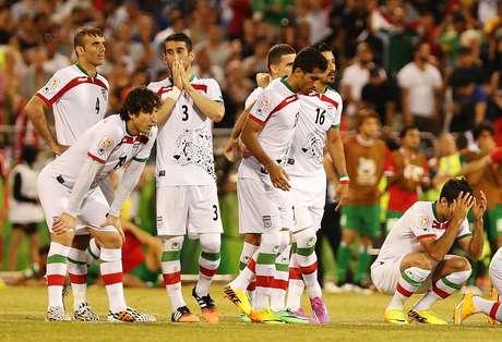 Iranianos lamentam derrota nas penalidades máximas