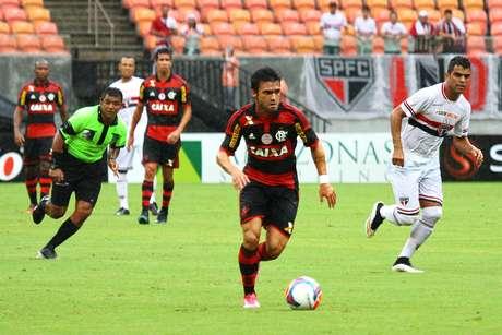 <p>O reforço Arthur Maia foi o melhor jogador do Flamengo</p>