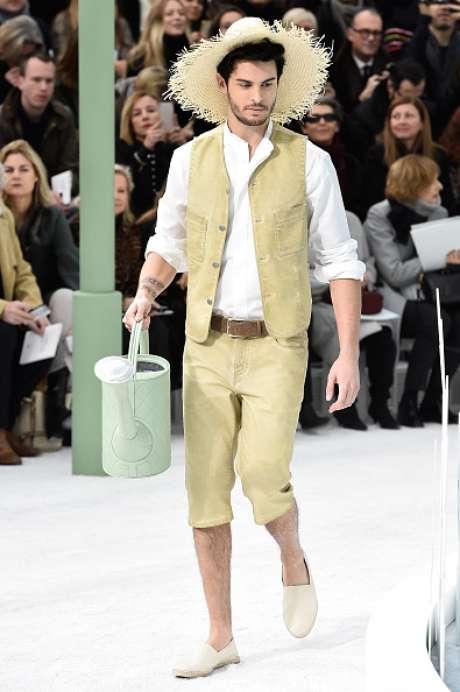 Entre os 'jardineiros' de Karl Lagerfeld, o modelo Baptiste Giabiconi, um dos protegidos do estilista