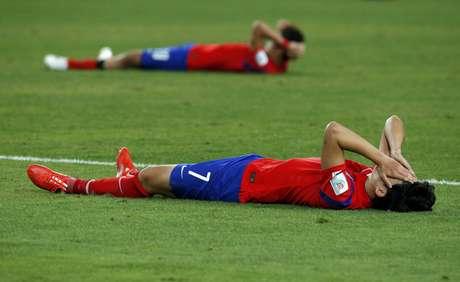 Son Heung se desespera com a derrota