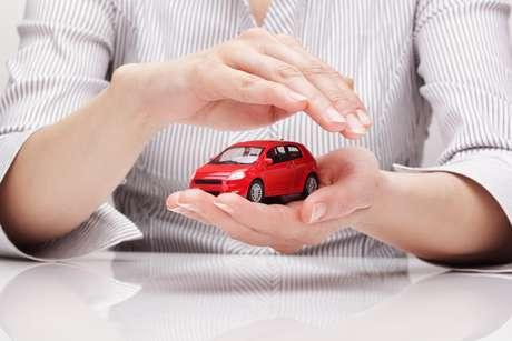 Cancelamento de seguro de veículo: conheça seus direitos