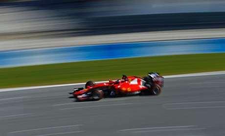 Kimi Raikkonen, da Ferrari, pilota durante testes de pré-temporada em Jerez de la Frontera, no sul da Espanha. 04/02/2015