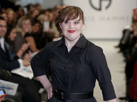 Ela foi a estrela do desfile da estilista Carrie Hammer