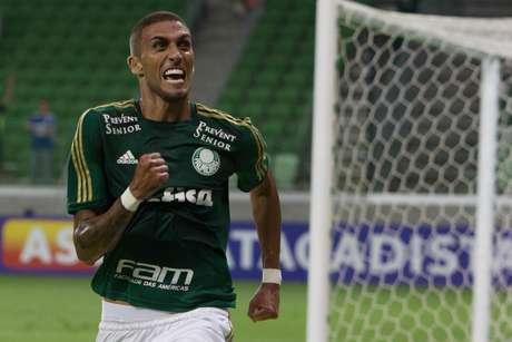 <p>Rafael Marques foi o autor do terceiro gol do Palmeiras</p>