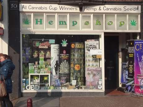 <p>Hempshop, loja especializada em maconha</p>