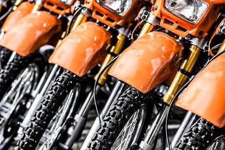 É possível um consorciado de um grupo de motocicletas comprar um automóvel com seu crédito