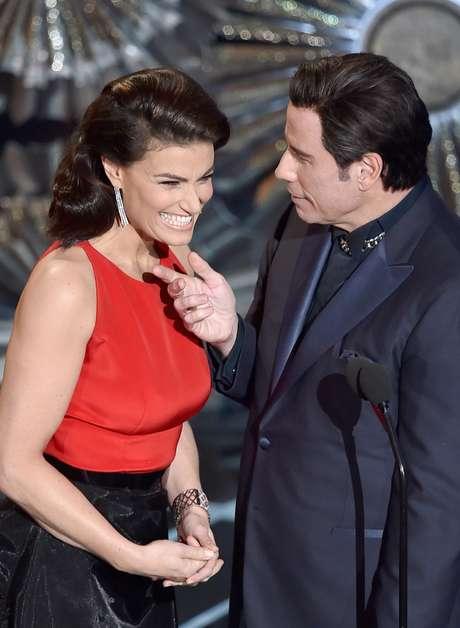 Por que faz isso, John Travolta?