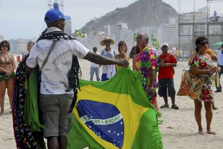 <p>Site relembra caso de estupro de turista americana no Rio</p>