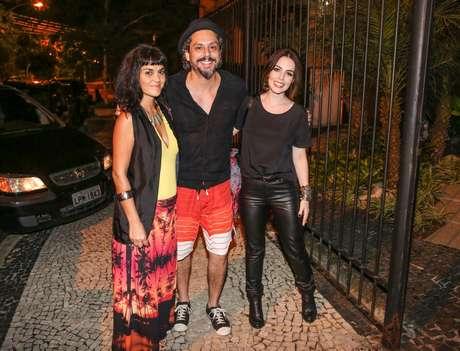 Festa na casa de Aguinaldo Silva, autor de 'Império', reuniu elenco da novela global na noite do último sábado (28)