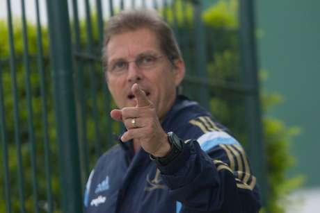 <p>Oswaldo decidiu popupar nove titulares do Palmeiras</p>