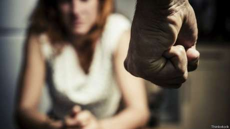 Segundo Ipea, lei Maria da Penha teria reduzido em 10% homicídios domésticos de mulheres