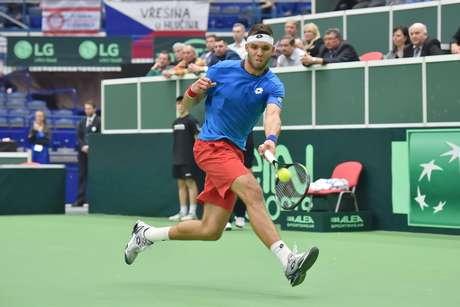 <p>Jiri Vesely ajudou a Rep&uacute;blica Checa a vencer a Austr&aacute;lia nas duplas</p>