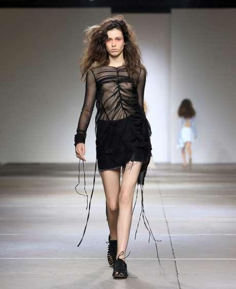 Desfile de Marques'Almeida, na Semana de Moda de Londres