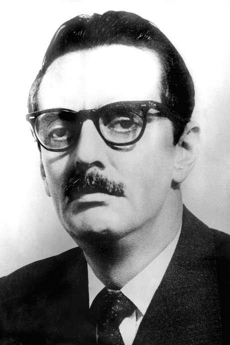 <p>Jânio Quadros renunciou alegando pressões das forças ocultas</p>
