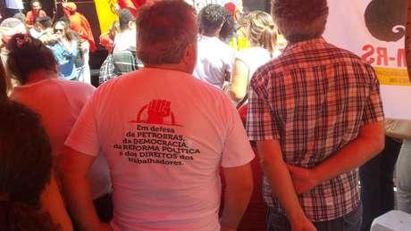 """<p>Protesto se dizia """"contra o golpismo""""</p>"""