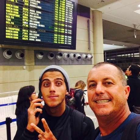 Filipinho é filho de Ricardo Toledo, bicampeão brasileiro de surfe em 1991 e 1995