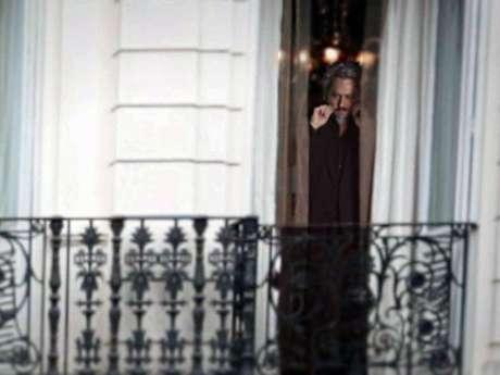 Zé Alfredo aparece na janela de casa após ser assassinado por José Pedro