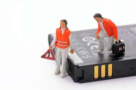 Se for necessária a substituição ou utilização de outra peça para o conserto, o item precisa ser original e novo.