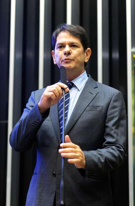 Prefiro ser acusado por ele de mal-educado do que ser acusado como ele de achaque, disse Cid Gomes