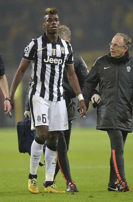 Um dos destaques da Juventus na temporada, Pogba teve que deixar o campo ainda no primeiro tempo, lesionado