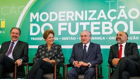 Membros do governo anunciaram MP do Futebol sem a presença de dirigentes da CBF