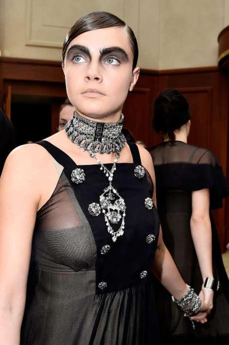Cara Delevingne - Desfile da Chanel