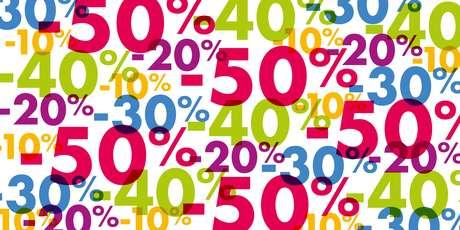 Fique atento: algumas lojas aumentam os preços antes de aplicar o desconto, enganando o consumidor